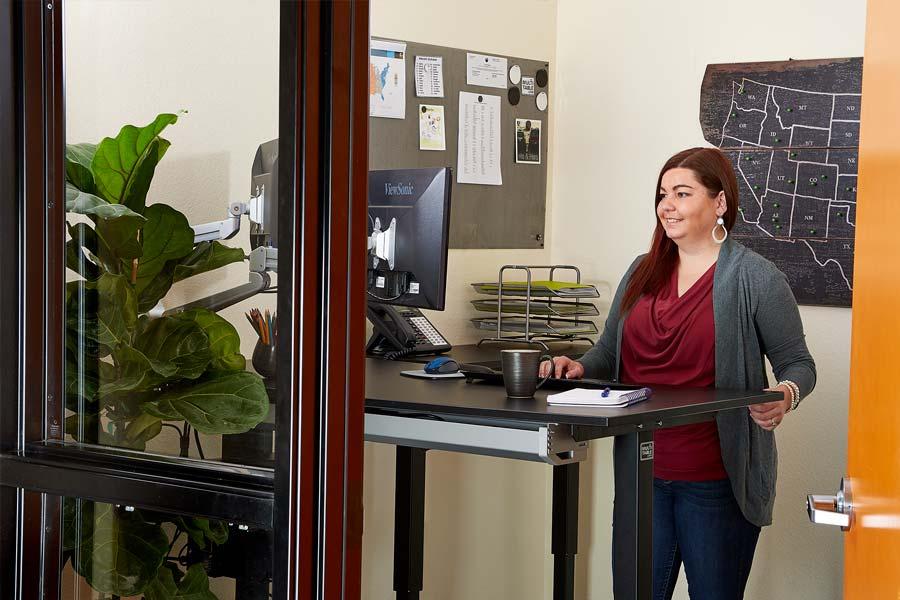 Adjustable Standing Desk Adjustable Height Desk Why Stand MultiTable