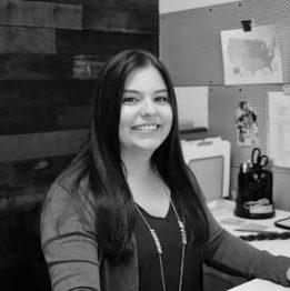 Morgan Mueller Administrative Assistant MultiTable Standing Desks