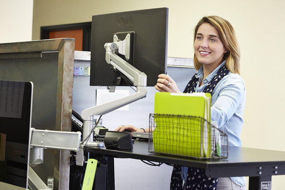 Height Adjustable Standing Desk Wholesale Retail MultiTable